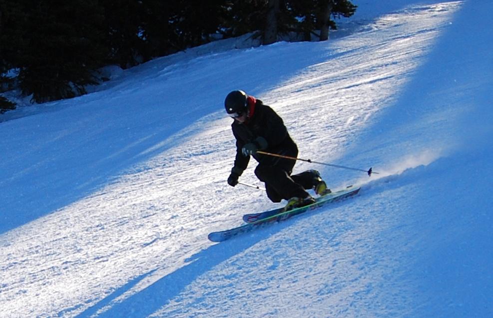 skiing-blue-mountain